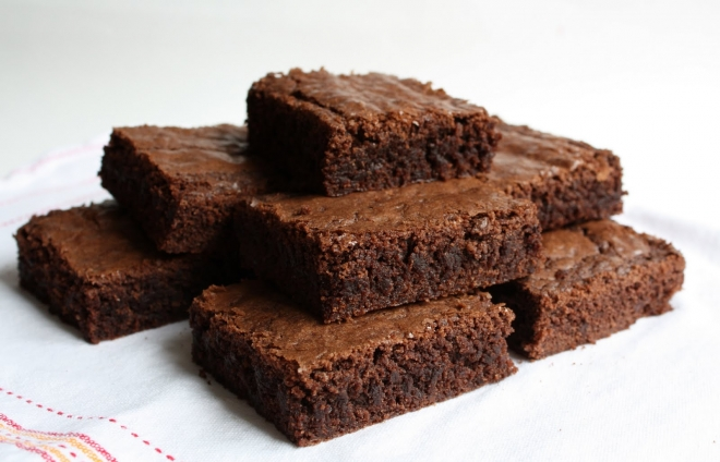 Brownies με 3 υλικά σε 4 βήματα!