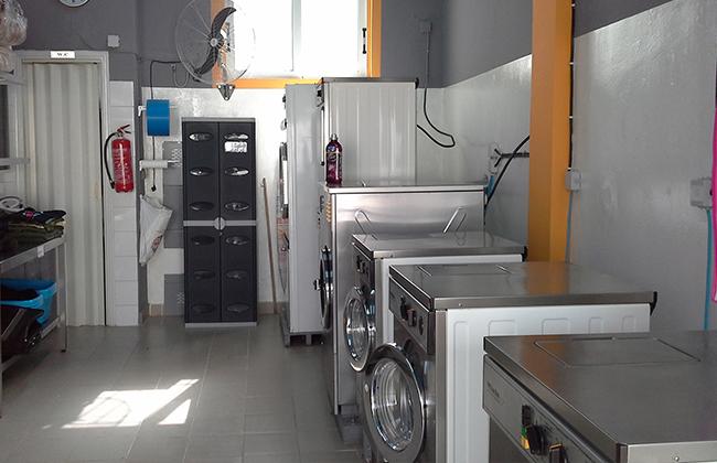 crash-laundry-06.jpg