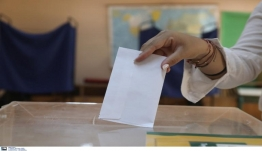 Ψάχνουν τρόπο στην κυβέρνηση να καταργήσουν την απλή αναλογική χωρίς 200 βουλευτές