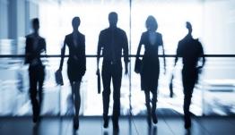 Στοιχεία-σοκ για το δημογραφικό: 100 εργαζόμενοι θα συντηρούν 169 μη απασχολούμενους στην Ελλάδα το 2060