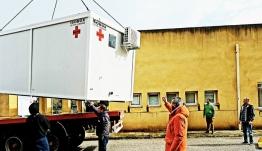 Παραδόθηκαν στο νοσοκομείο από τον περιφερειάρχη τρεις θάλαμοι απομόνωσης ασθενών