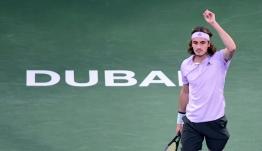 Στρουφ - Τσιτσιπάς 1-2: Ανατροπή και ξανά ημιτελικός στο Ντουμπάι