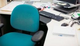 Δημόσιο: Κύμα ιδιωτικοποιήσεων και εθελουσίας εξόδου 15.000 υπαλλήλων