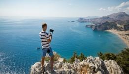 Reuters: Η Ελλάδα θα επιτρέψει την άφιξη τουριστών από 20-25 χώρες στις 15 Ιουνίου