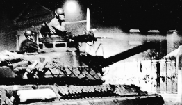 «Eπανάσταση µε αιτία»-Πώς έζησαν από μέσα την εξέγερση του Πολυτεχνείου