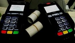 «Λάστιχο» το 30% των e-αποδείξεων - «Κόβουν - ράβουν» με διάφορα... τρικ