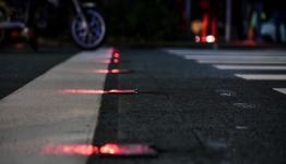 Η πιο «έξυπνη» διάβαση στην Ευρώπη μπροστά από Καλλιμάρμαρο -Υλικό με κρυστάλλους και φωτισμός LED [εικόνες]