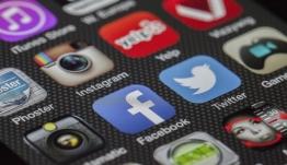 Το Facebook μπλοκάρει διαφημιστική - Αποθήκευε stories χρηστών του Instagram