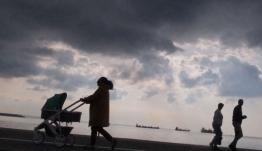 Πρόγνωση καιρού: Αισθητή πτώση της θερμοκρασίας και βροχές την Παρασκευή