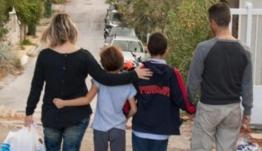 Καχυποψία απέναντι στις ΜΚΟ εκφράζει ένας στους τρεις Έλληνες σύμφωνα με νέα έρευνα
