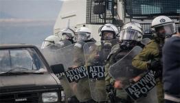 Προσφυγικό: Αποσύρονται οι δυνάμεις των ΜΑΤ από Λέσβο και Χίο [vid]