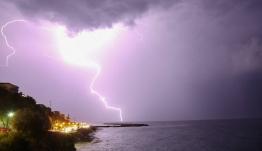 Έκτακτο δελτίο ΕΜΥ: Ραγδαία επιδείνωση με πτώση της θερμοκρασίες και ισχυρές καταιγίδες