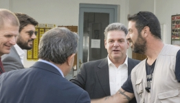 Επικοινωνία του κ. Μανώλη Γλυνού με τον Πρόεδρο των Εργαζομένων του Νεωρίου κ Αντώνη Χατζαντώνη