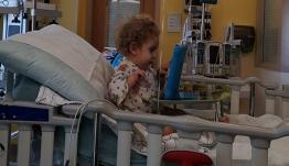 Κόλλησε ίωση ο μικρός Παναγιώτης-Ραφαήλ - Τι λένε οι γονείς του από το νοσοκομείο