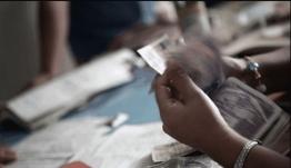 «Επιδρομή» της εφορίας σε τραπεζικούς λογαριασμούς -Για ποιους χτυπά η «καμπάνα»