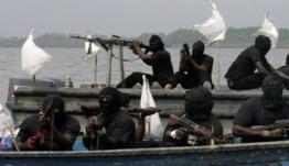 Πειρατές απήγαγαν 8 μέλη πληρώματος γερμανικού πλοίου ανοιχτά του Καμερούν