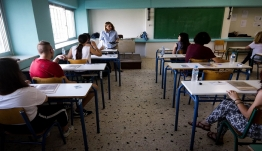 Πότε ανοίγουν τα σχολεία, τι θα γίνει με τις Πανελλήνιες 2020