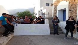 Δεν πηγαίνουν οι εκπαιδευτικοί σε Κυκλάδες και Δωδεκάνησα – Κάνουν μάθημα εξ αποστάσεως