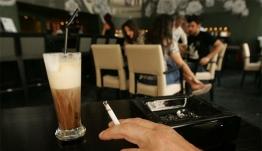 Στο ΣτΕ κατά του αντικαπνιστικού νόμου οι καταστηματάρχες