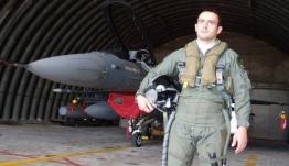 Ο αδελφός του ήρωα σμηναγού Κώστα Ηλιάκη μιλά στο CNN Greece 14 χρόνια μετά την τραγωδία στο Αιγαίο