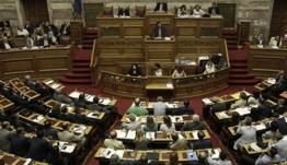 Προκαλεί η Χρυσή Αυγή σιο Κοινοβούλιο: Ο μόνος εκλεγμένος ΠτΔ ήταν ο Παπαδόπουλος