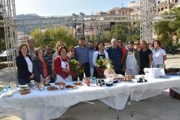 """Η αρχόντισσα Σύμη υποδέχθηκε τη δράση """"Aegean mamas know best"""", στο πλαίσιο της Γαστρονομικής Περιφέρειας της Ευρώπης - Νότιο Αιγαίο 2019"""