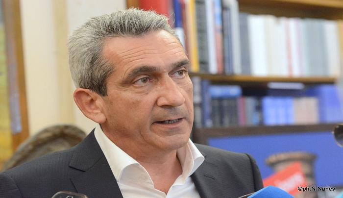 Γ. Χατζημάρκος: Καταδικαστέα τα επεισόδια στο Βόρειο Αιγαίο-Δεν λύνονται έτσι τα προβλήματα